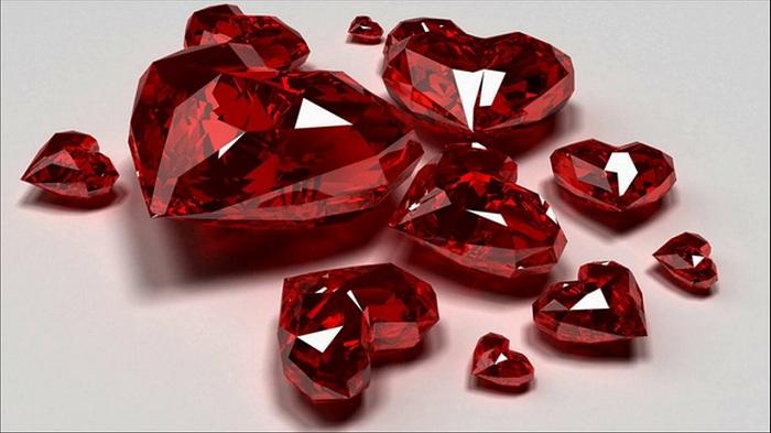 Những viên Ruby màu huyết dụ