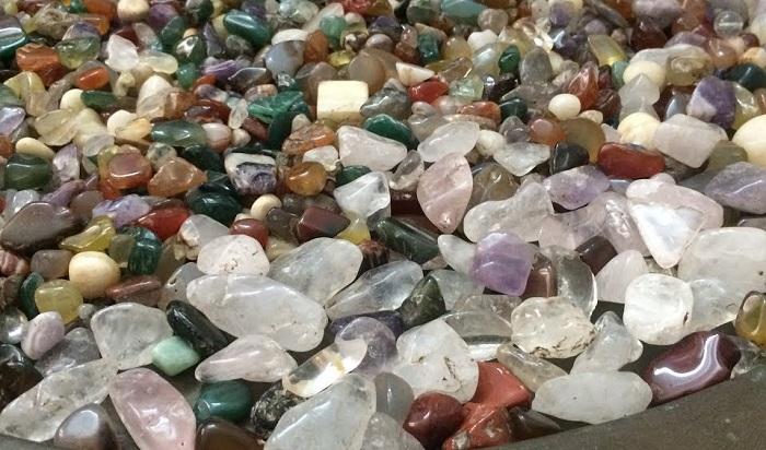 Mỗi loại đá bán quý có những tính chất và vẻ đẹp riêng biệt