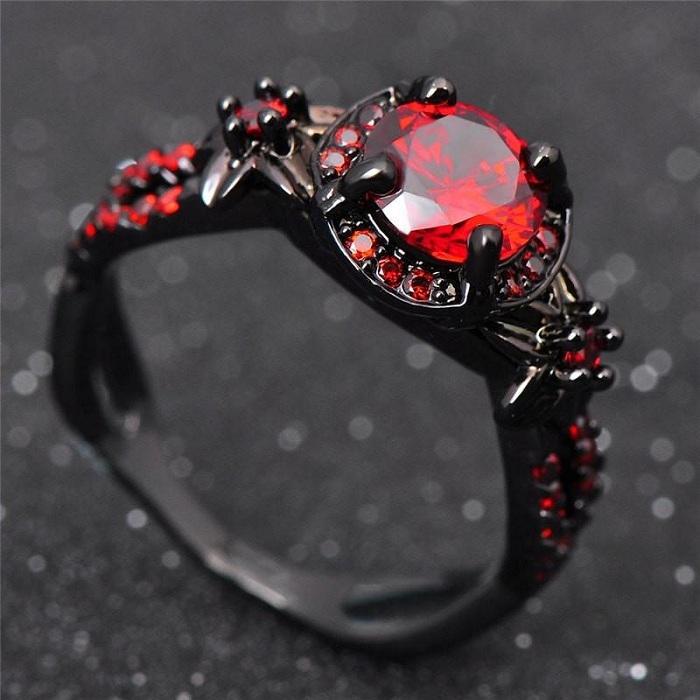 Nhẫn đá Garnet thể hiện uy quyền tối thượng