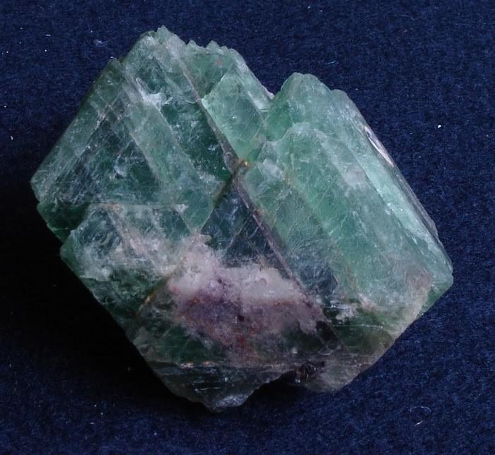 Cát khai là gì? Cát khai có ý nghĩa gì đối với đá quý? 1