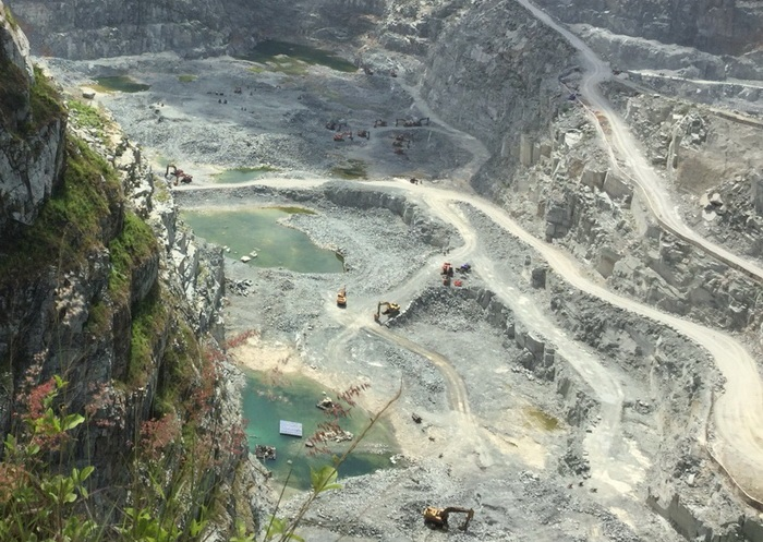 Top 10 mỏ đá quý nổi tiếng tại Việt Nam 5