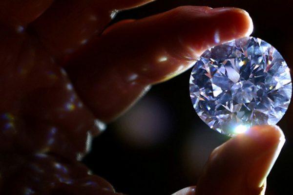 9 công ty đá quý nổi tiếng thế giới