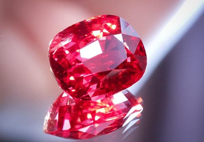 Khám phá 8 loại đá quý màu đỏ sang trọng và giá trị 3