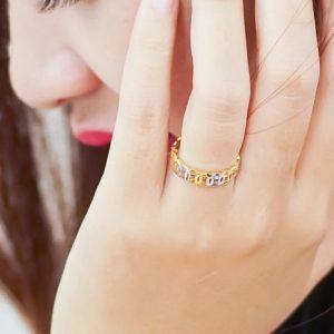 Nên đeo nhẫn vàng hay bạch kim