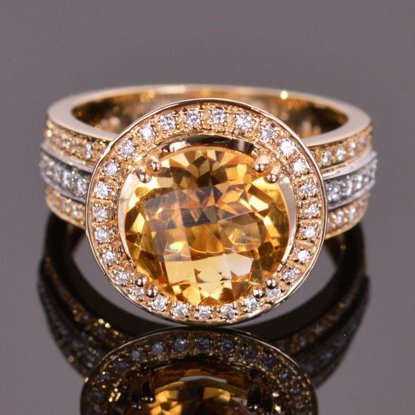 Cache Ring in Golden Citrine 1