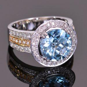 Cache Ring in Blue Topaz 4