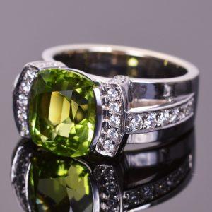 Cushion Cut Peridot and Diamond Modern Ring 5