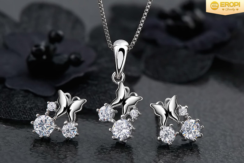 Trang sức bạc xi và bạc ta, nên chọn loại nào?