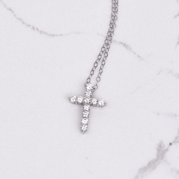 Diamond Cross Pendant in White Gold 1