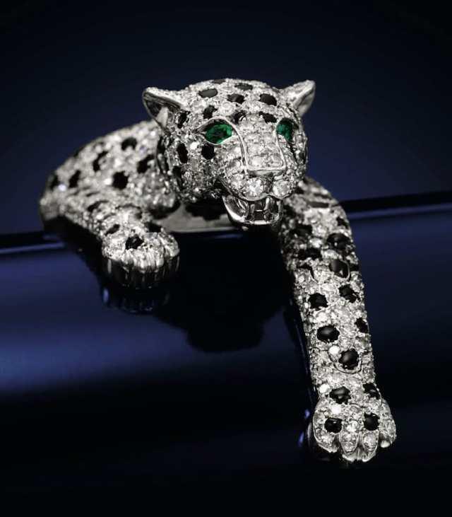 20 món trang sức đắt giá nhất mọi thời đại